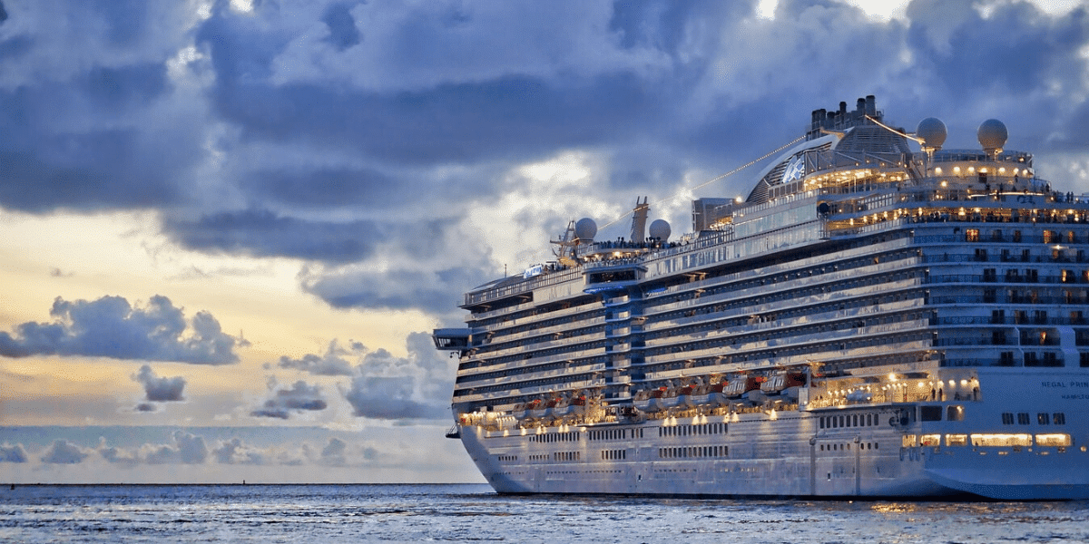 Jobs you can do while traveling Cruise Ship Jobs